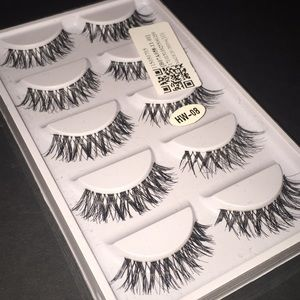 5 pairs of falsies